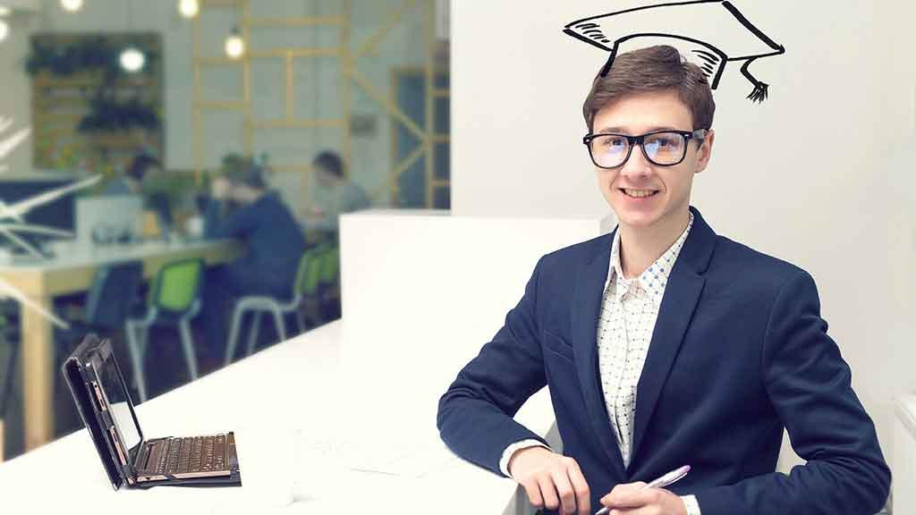 """¿Por qué las empresas de TI buscan """"Recién Egresados con Experiencia»?"""